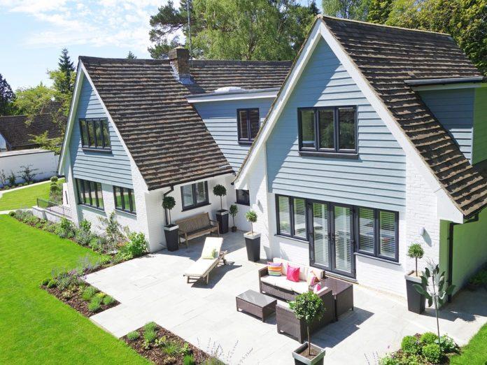 Come scegliere l illuminazione da esterni perfetta for Trova la casa perfetta