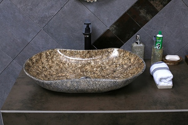 lavabo da appoggio di design